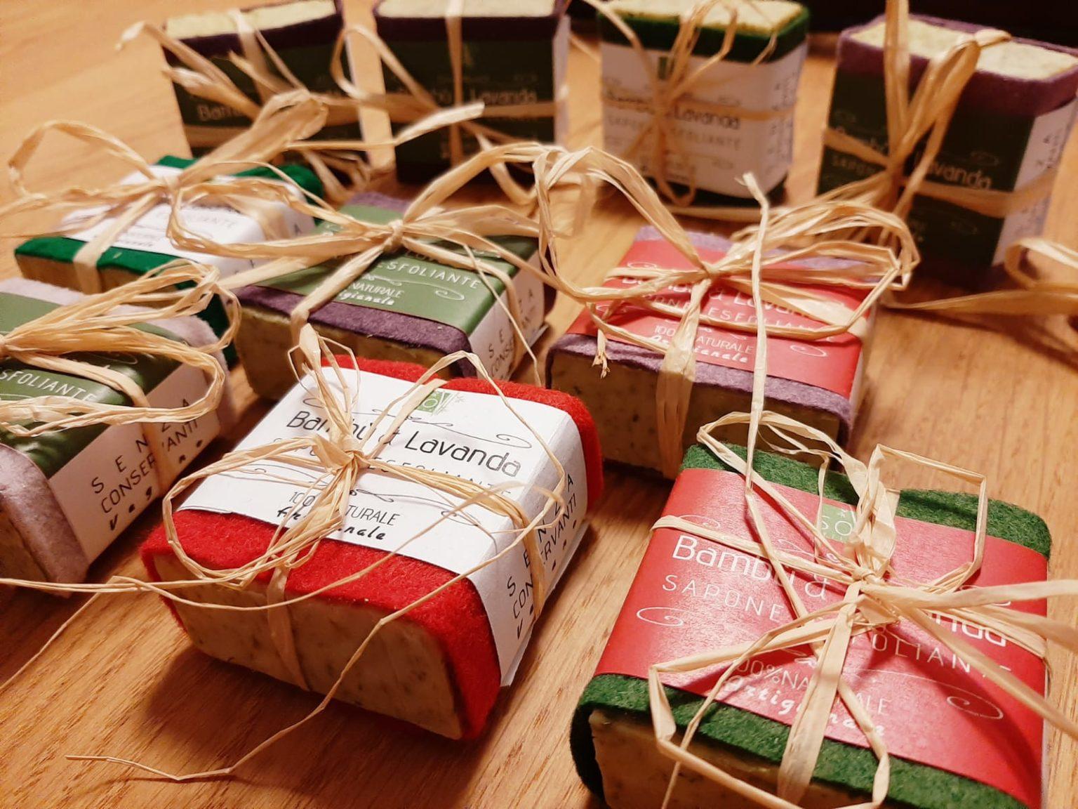 SOGREEN sapone esfoliante al bambù biologico e profumato alla lavanda - idea Natale